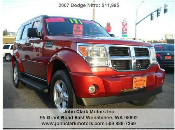 2007 DODGE NITRO SLT 4X4...V6...AUTO...SUNROOF...ONLY 88,000 MILES