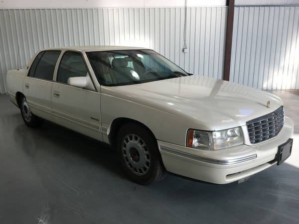 1997 CADILLAC DEVILLE*WHITE*SOFT LEATHER*4.6 ENGINE*PW/PL*TINT!!!!! WO