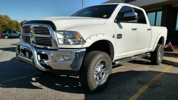 2012 DODGE 4X4 RAM 2500 LONGHORN PACKAGE (LOADED TO THE CEILING)