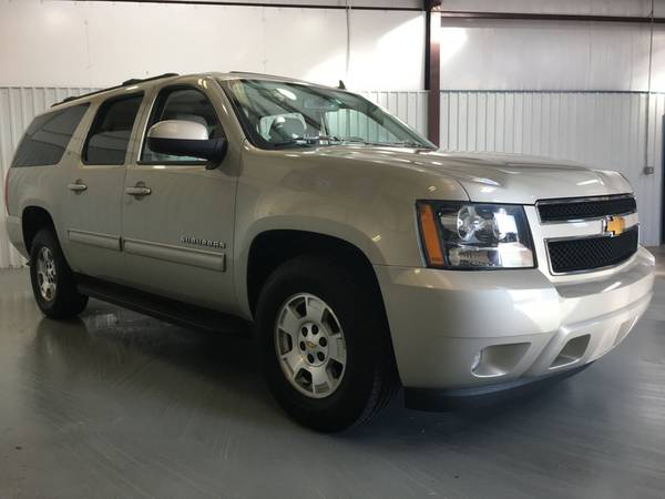 2014 CHEVROLET SUBURBAN*LEATHER*QUAD SEATS*DUAL DVD PLAYERS*3RD ROW*!!