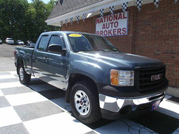 2011 *GMC* *Sierra* *1500* 4WD Ext Cab ( Everyone welcome & approv