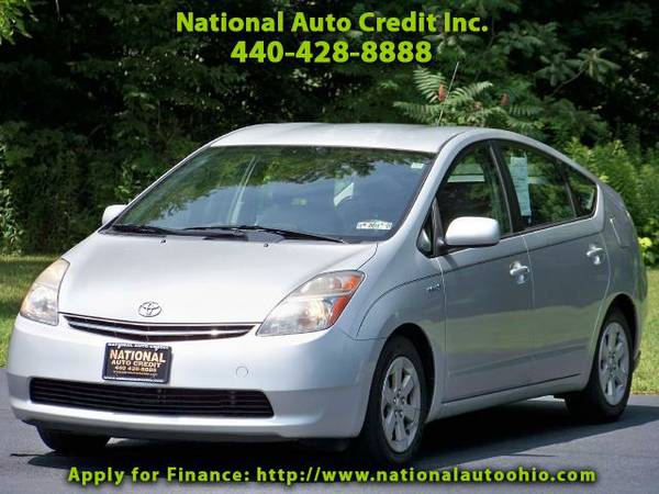 2006 Toyota Prius 4-Door Liftback. Hybrid. Power Windows & Door Lock