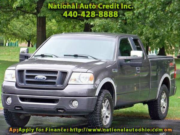 2007 Ford F-150 XLT SuperCab Long Box 4WD. Tonneau Cover. New Tire