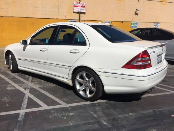 * * 2007 Mercedes Benz c230 sport C-class * * LIKE NEW * SPORT PACKAGE