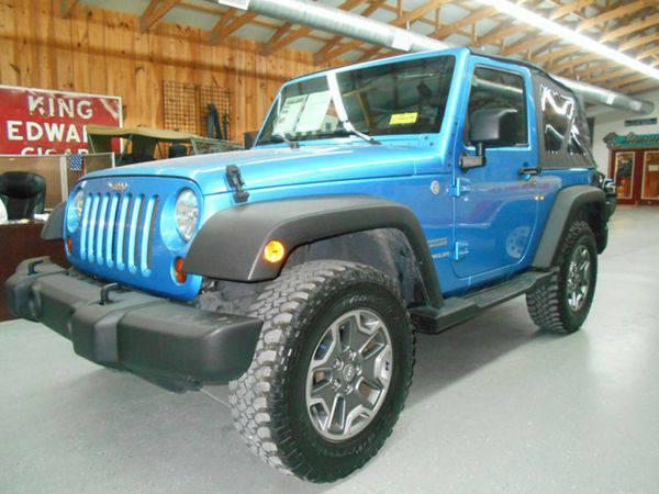 2010 *Jeep* *Wrangler* 4WD 2dr Mountain