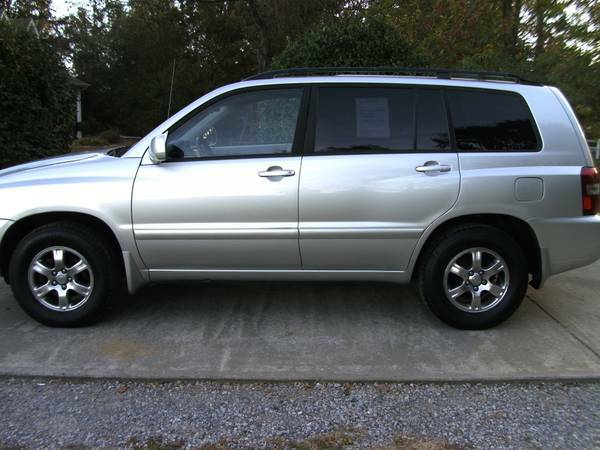 2006 Toyota ( 3rd Row ) Highlander * Also Sequoia * Yukon XL *Suburban