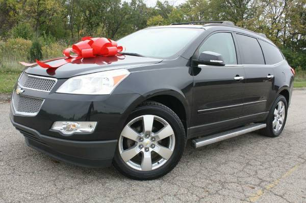 2011 Chev Traverse-LTZ, 3rd row, A/C-Heat Seats, Nav, Camera