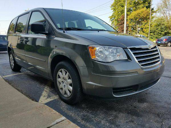 2010 *CHRYSLER* *TOWN* *&* *COUNTRY* EASY APPROVAL!!! LOW DOWN PAYMENT