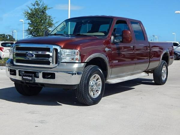 2005 Ford F-350 King Ranch SKU:5EA30524 Ford F-350 King Ranch Crew Cab