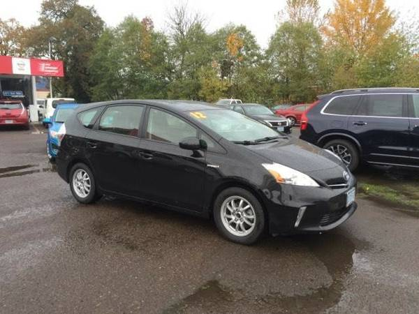 2012 *Toyota* *Prius* *V* *5dr Wgn Two (Natl)* Station Wagon