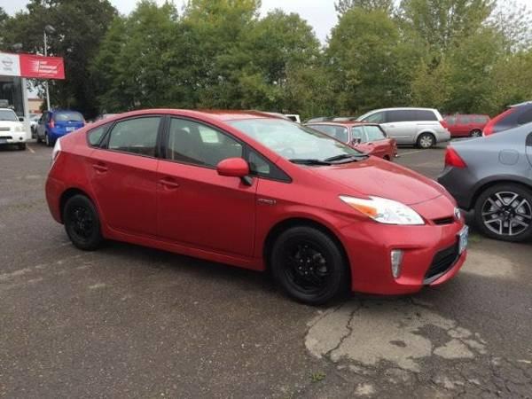 2012 *Toyota* *Prius* *5dr HB Two (Natl)* 4dr Car