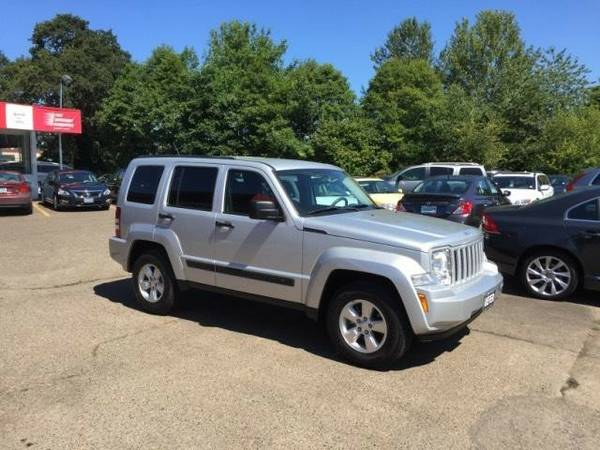 2012 *Jeep* *Liberty* *4WD 4dr Sport* Sport Utility