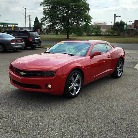 2010 *Chevrolet* *Camaro* LT 2dr Coupe w/1LT -EVERYBODY RIDES PROGRAM