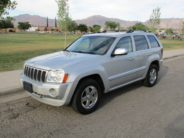 JEEP GRAND CHEROKEE OVERLAND 5.7 HEMI ! BACK TO SCHOOL REDUCED PRICE!