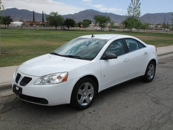 2009 PONTIAC G6 SEDAN! $4500 CASH OR $2000 DOWN AND $300 FOR 24 MONTHS