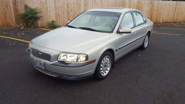 2000 Volvo S80 2.9, Loaded!, CD/ Stereo, Sun Roof, Pwr Seat, Leather,