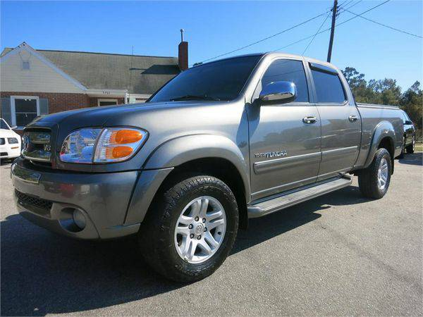 2004 *TOYOTA* *TUNDRA* *4WD* *DOUBLE* *CAB* *SR5* Come See the Differe