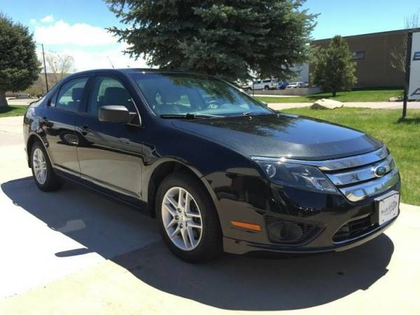 2012 FORD FUSION FWD 4 CYL Black - Looks & Drives Great - 150mo_0down