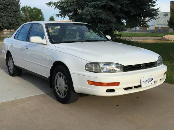 1993 TOYOTA CAMRY XLE V6 Auto MoonRoof FWD ------ Runs & Drives Great
