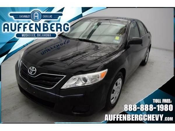 2011 *Toyota Camry* LE (Black)