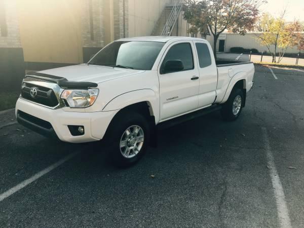2012 TOYOTA TACOMA EXTENDED CAB PRERUNNER 4.0L V6 (38K MILES) 1-OWNER