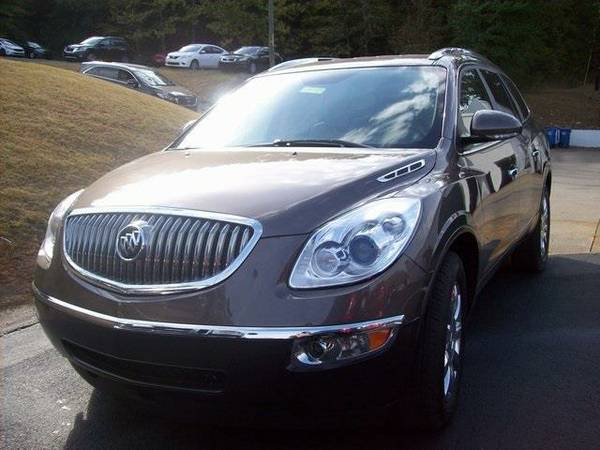 2012 *Buick Enclave* Leather Group (Gold Mist Metallic)