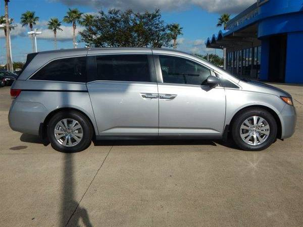 2016 *Honda Odyssey* SE - Lunar Silver Metallic