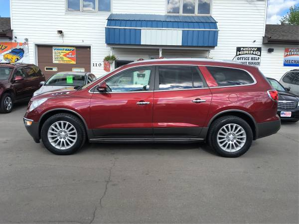 ★★★ 2011 Buick Enclave CXL AWD FULLY LOADED...
