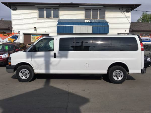 ★★★ 2015 Chevrolet Express 1 Ton 12 Passenger Van...