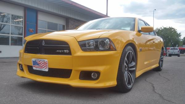 2012 Dodge Charger SRT8 Super Bee 470HP