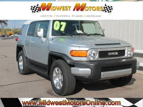 The Perfect Blend!!! 2007 Toyota FJ Cruiser 4WD!! LOW MILES!! CLEAN!!
