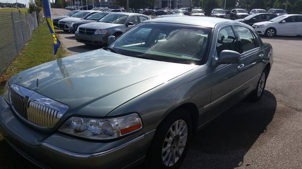 2006 Lincoln Town Car ~ Down Payment As Low As $500!!!