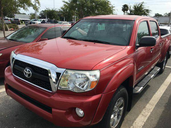 2011 *toYOtA* *TACOMA* *DOUBLE* *CAB* 4x4 only 30k miles*LIKE NEW! WOW