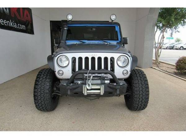 2014 *Jeep Wrangler* Unlimited Rubicon - (Billet Metallic Clearcoat)