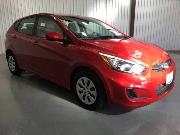 2016 HYUNDAI ACCENT SPORT**ONLY 16,000 MILES*FACTORY WARRANTY**AUTO!!