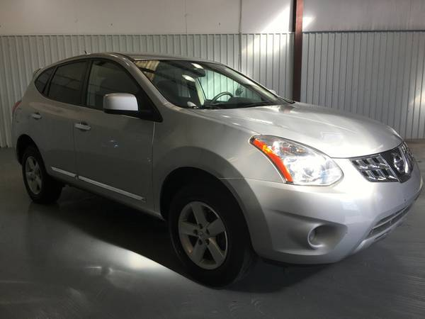 2013 NISSAN ROGUE*ONLY 27000 MILES**SPECIAL EDIT**TINT*BACK UP CAMERA*