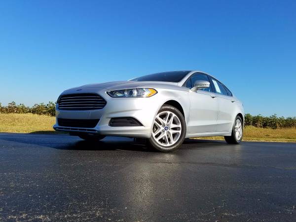 2013 Ford Fusion SE GREAT MPG LOW MILES BLUETOOTH