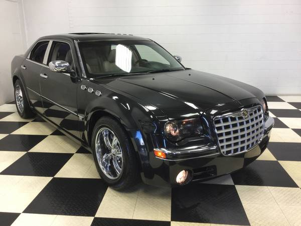 2006 CHRYSLER 300 C LEATHER LOADED! DRIVES PERFECT! AMAZING DEAL!