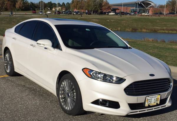 2016 Ford Fusion Titanium EcoBoost 17k miles Pearl White Clean CarFax