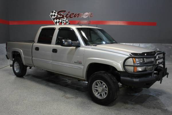 2004 Chevrolet Silverado 2500HD LS Crew Cab 4WD - CALL NOW 402 727-175