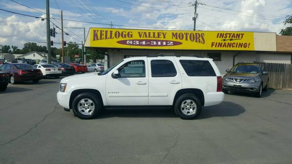 ** KVM ** 08 CHEV TAHOE*LT*SUNROOF* LEATHER* 109K MI.* BEAUTIFUL*