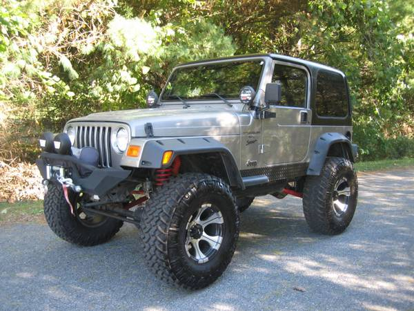 2001 JEEP WRANGLER LIFTED AND LOADED WITH EXTRAS ** ONLY 88K MILES ***