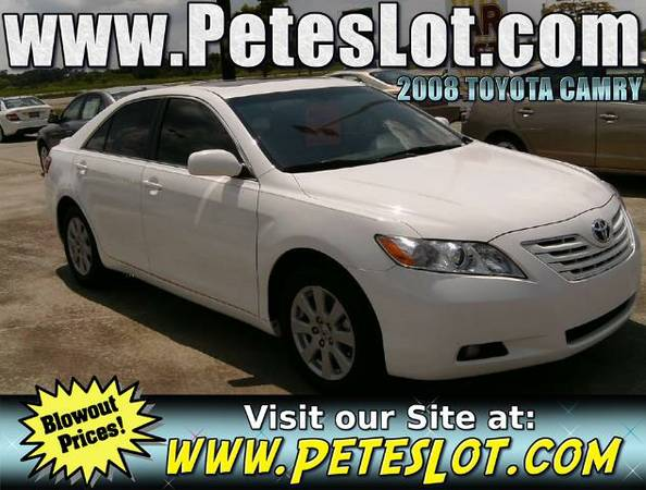 2008 Toyota Camry LE - White 08 Toyota