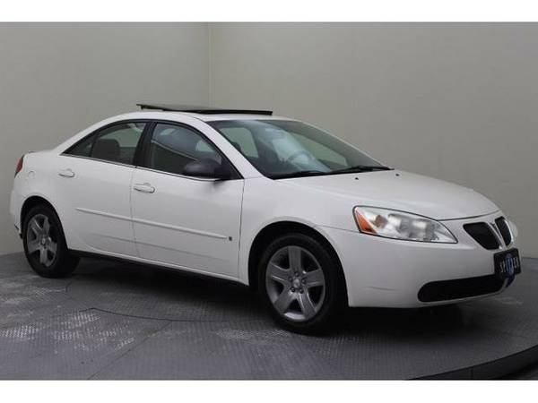 2007 *Pontiac G6* Base (Ivory White)