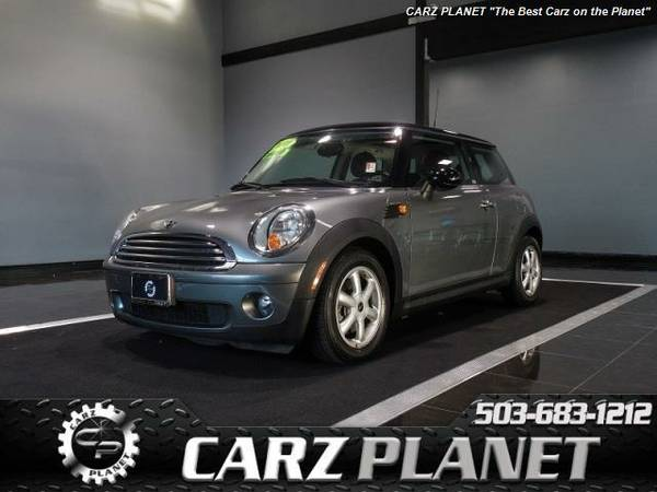 █ 2010 Mini Cooper pano roof well maintained mini cooper 55k...