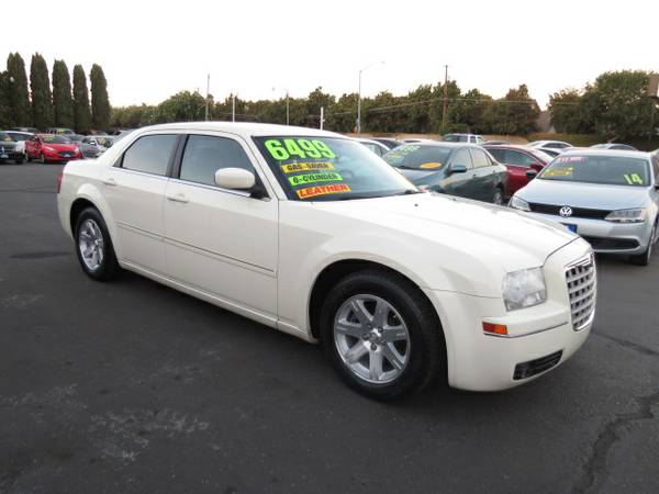 ** 2006 Chrysler 300 Touring 3.5L Super Clean BEST DEALS GUARANTEED **