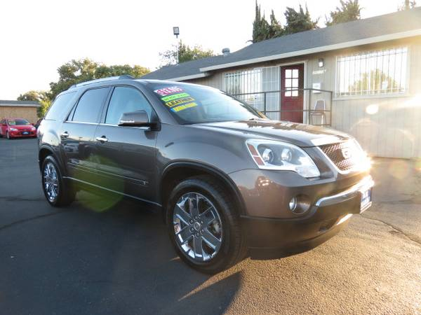 ** 2010 GMC Acadia SLT Loaded Super Clean BEST DEALS GUARANTEED **