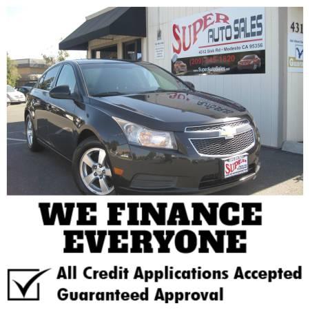 *$995 Down Gets You This 2011 Chevrolet Cruze ECO 4dr Sedan w/ Turbo!
