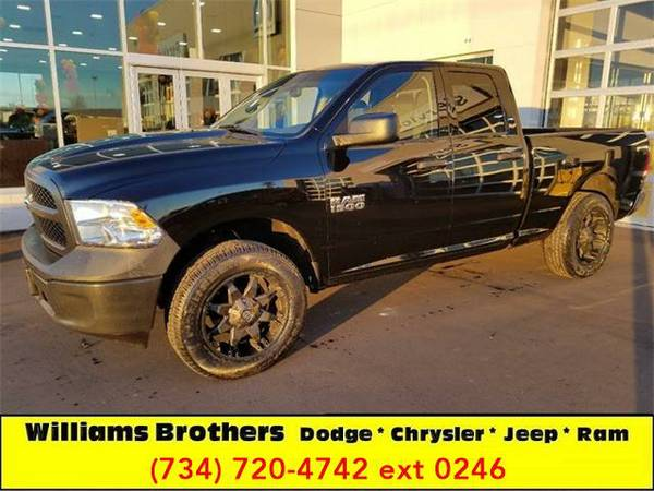 2014 *RAM Ram Pickup 1500* Express 4x4 4dr Quad Cab 6.3 ft. SB Pickup