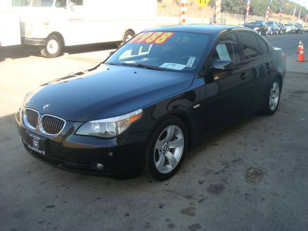 2007 BMW 525I SUPER CLEAN AND NICE LOADED